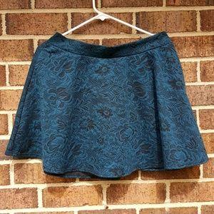 Joe B Blue skirt Style 3527109 Floral Design XL